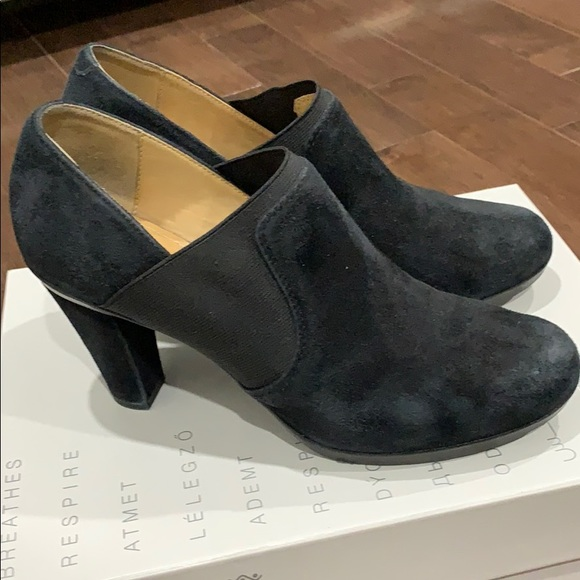 Geox Ankle Suede Booties.